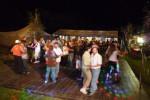 Noční tanečky za umělého osvětlení